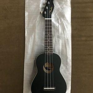 Fender Venice Soprano Ukelele, Black